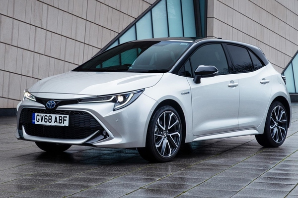 Toyota Corolla 2019 front view