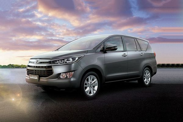 Toyota Innova the look
