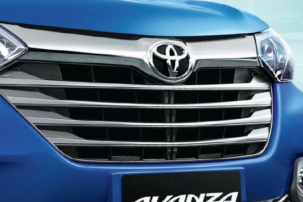 Toyota Avanza grille
