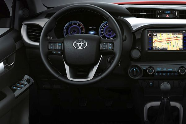 2019 Toyota Hilux dashboard