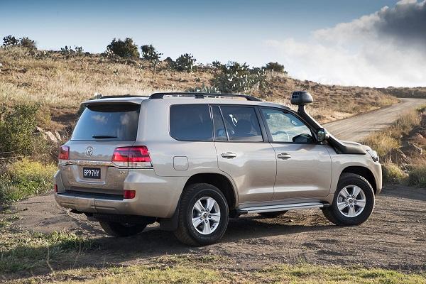 2019 Toyota Land Cruiser rear