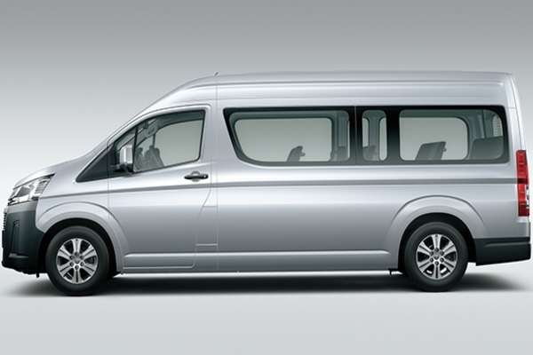 Toyota Hiace 2019 side view
