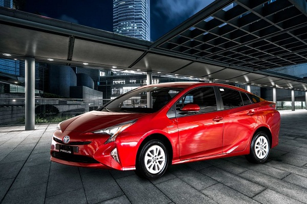 Toyota Prius 2019 the look