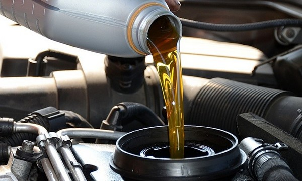 replacing car oil