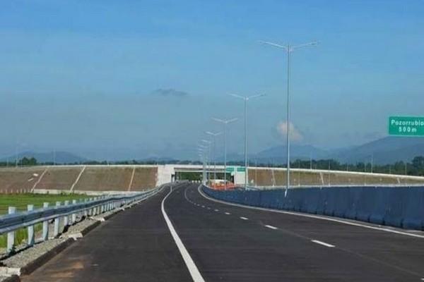 Tarlac-Pangasinan-La Union Expressway (TPLEX)