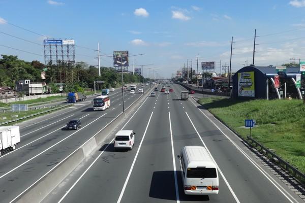North Luzon Expressway (NLEX)