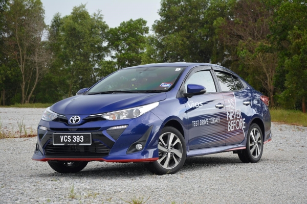 hyundai accent vs toyota vios philippines
