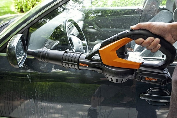 Vacuum cleaner with blower car wash
