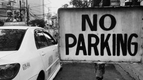 A Detailed Explanation Of No Parking Sign Meaning