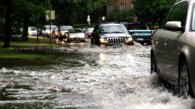 Quickly Flooded Aid: What To Do When Your Car Is Flooded?