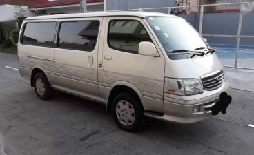 2004 Toyota Hiace Super Grandia 5L Local version