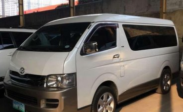 2011 Toyota Hiace GL GRANDIA 2.5L diesel MANUAL