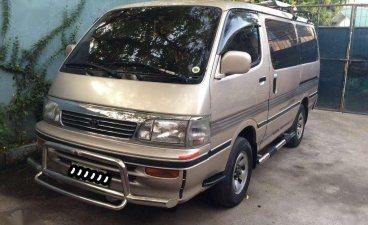 Toyota Hiace 2006 arrived Diesel Automatic Registered