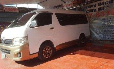 2011 Toyota GL Grandia Van for Sale
