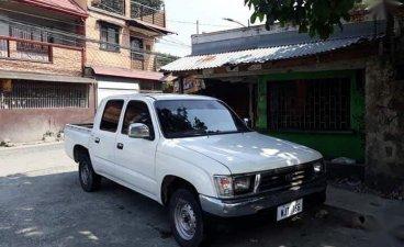 Selling Toyota Hilux 1999 Manual Diesel in Rodriguez