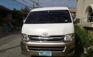 Selling 2nd Hand Toyota Grandia 2011 Manual Diesel at 130000 km in Davao City