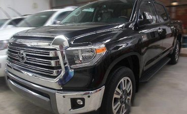 Selling Black Toyota Tundra 2018 for sale