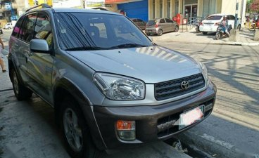 Selling 2nd Hand Toyota Rav4 2000 in Malabon
