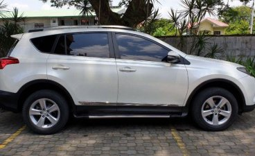 Selling 2nd Hand Toyota Rav4 2013 Automatic Gasoline at 68000 km in Tarlac City