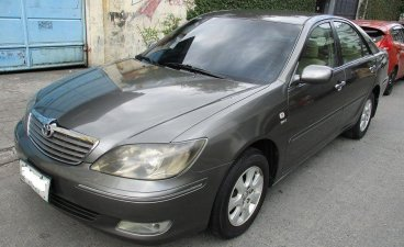 Selling 2nd Hand Toyota Camry 2005 in Makati