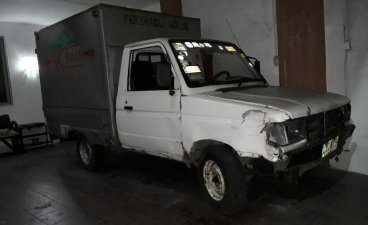 Selling 1996 Toyota Tamaraw Van in Quezon City