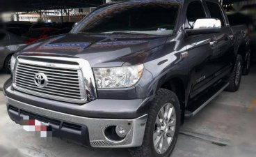 Selling 2nd Hand Toyota Tundra 2012 in Pasig