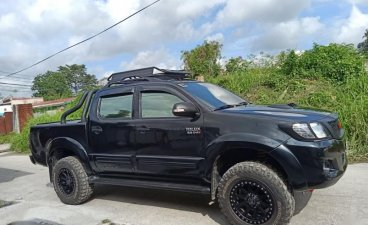 Selling Toyota Hilux 2014 at 80000 km in Angeles