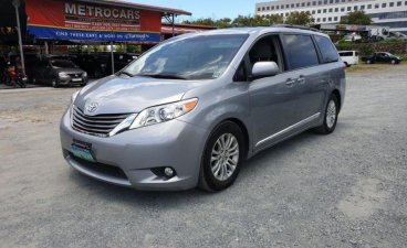 Selling Toyota Sienna 2013 at 50000 km in Pasig