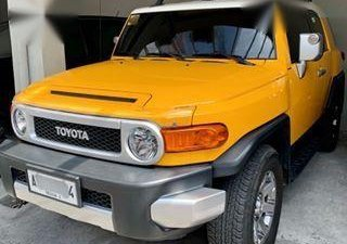 2nd Hand Toyota Fj Cruiser 2015 Automatic Gasoline for sale in Pasig
