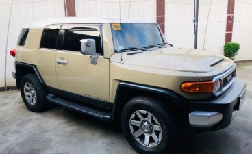 Selling 2nd Hand Toyota Fj Cruiser 2015 in Lipa