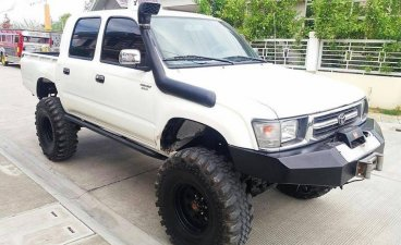 Toyota Hilux 2000 Manual Diesel for sale in San Fernando