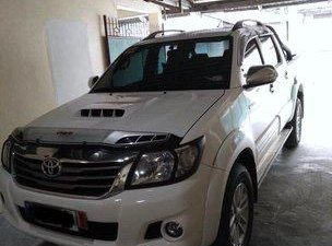 Sell White 2014 Toyota Hilux at 63953 km