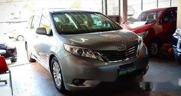 2013 Toyota Sienna for sale in Pasig City
