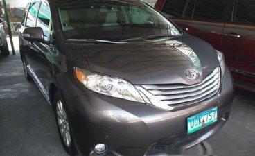 Grey Toyota Sienna 2013 for sale in Manila