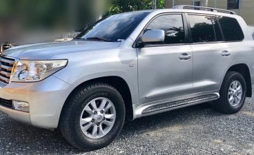 Selling Toyota Land Cruiser 2008 Automatic Diesel in Muntinlupa