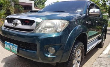 Sell 2nd Hand 2010 Toyota Hilux Automatic Diesel at 87000 km in Quezon City