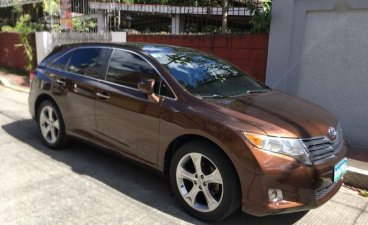 Selling Brown Toyota Venza 2010 in Manila