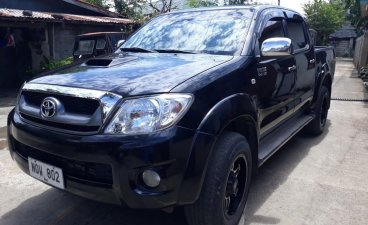 Black Toyota Hilux 2010 Truck for sale in Manila