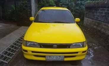 Sell Yellow 1993 Toyota Corolla Manual Gasoline at 200000 km