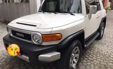 White Toyota Fj Cruiser 2015 at 64000 km for sale