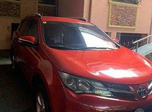 Selling Red Toyota Rav4 2013 at 6600 km