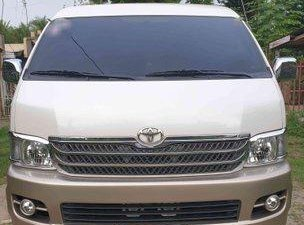 White Toyota Hiace 2010 at 69000 km for sale