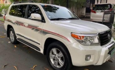 Used Toyota Land Cruiser 2012 for sale in Makati