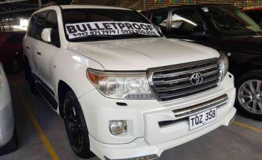 White Toyota Land Cruiser 2012 Automatic Diesel for sale