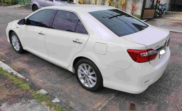 White Toyota Camry 2014 for sale in Muntinlupa