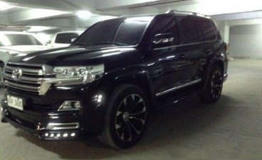 Black Toyota Land Cruiser 2018 at 6000 km for sale