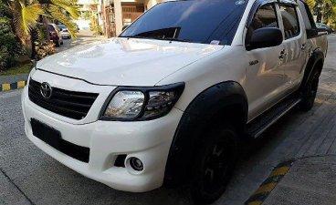 Selling Toyota Hilux 2011 Manual Diesel