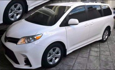 Selling White Toyota Sienna 2019 in General Salipada K. Pendatun