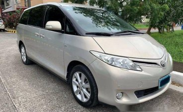 Selling Silver Toyota Previa 2010 in Quezon City