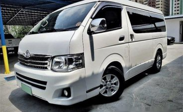 White Toyota Hiace 2013 Automatic Diesel for sale
